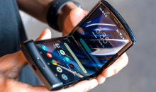 El legendario Motorola Razr vuelve con pantalla plegable